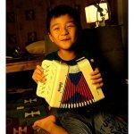 Accordéons à Touches Piano, Mugig Accordéon Pour Enfants, les Matériaux sont sans Danger pour les Enfants et plus Résistants à la Déchirure, un Rangement Facile Solo et Ensemble Instrument de la marque Mugig image 2 produit