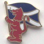 Lion d'Écosse blason Croix de saint André Standard-Porteur-Gifts Épinglette émaillée T735 de la marque Emblems-Gifts image 2 produit